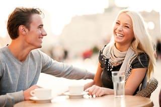 تفسير لغة الجسد حتى تتعلم طرق التواصل مع الاشخاص الجدد