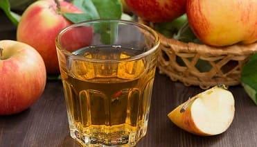 تعرفي على جميع فوائد واستخدامات خل التفاح للشعر
